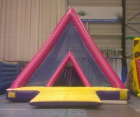 pyramide obstacles